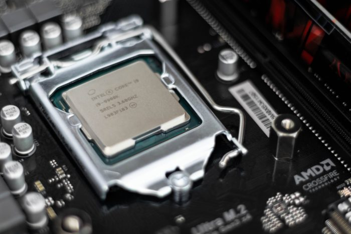 Close-up of an Intel processor - ITgirl.tech
